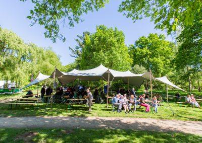 10x15 m. zilvergrijs - Bevrijdingsfestival Wageningen
